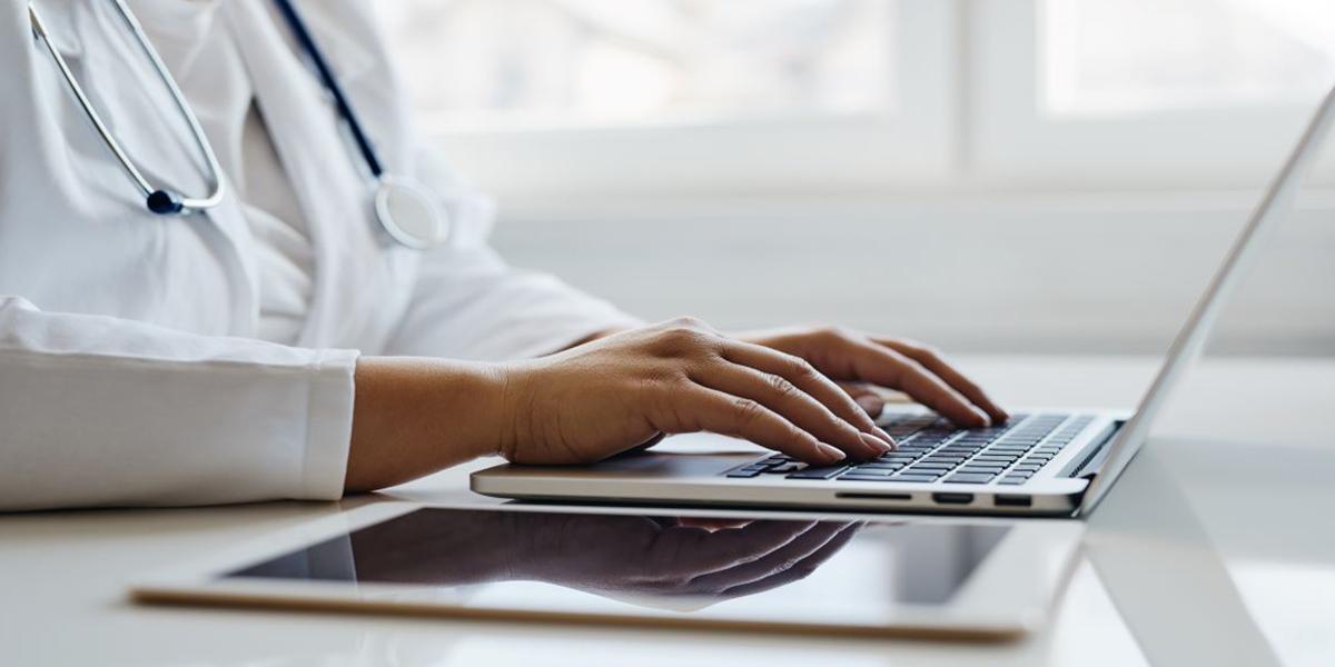 Por que a prescrição digital veio para ficar em clínicas médicas? | MedPlus