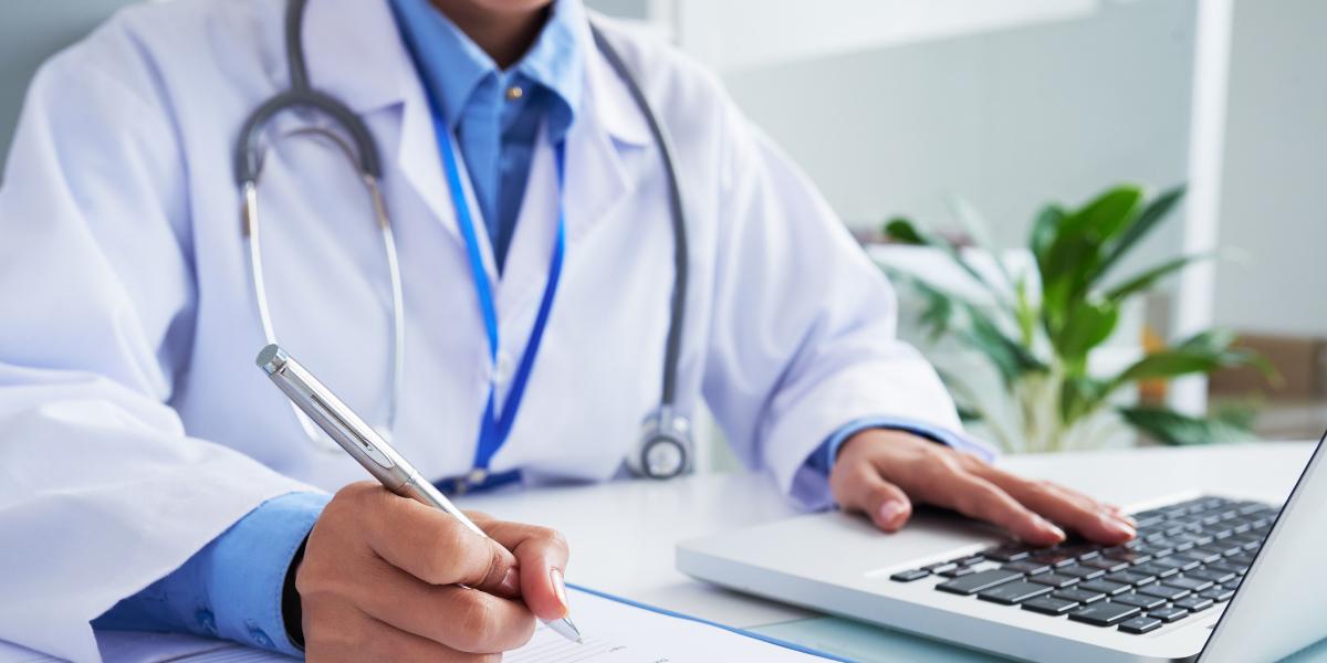 Como a telemedicina ajuda no atendimento médico