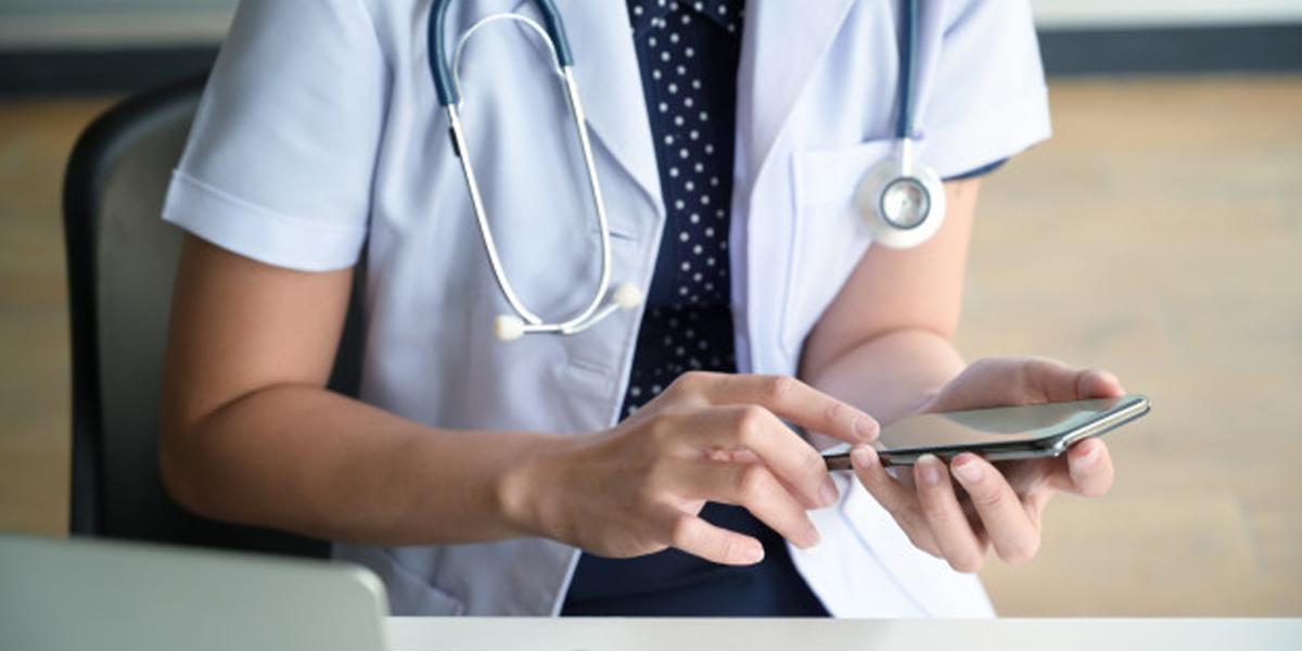Por que o dermatologista deve usar as redes sociais